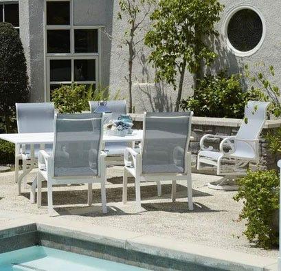 Key Largo dining set